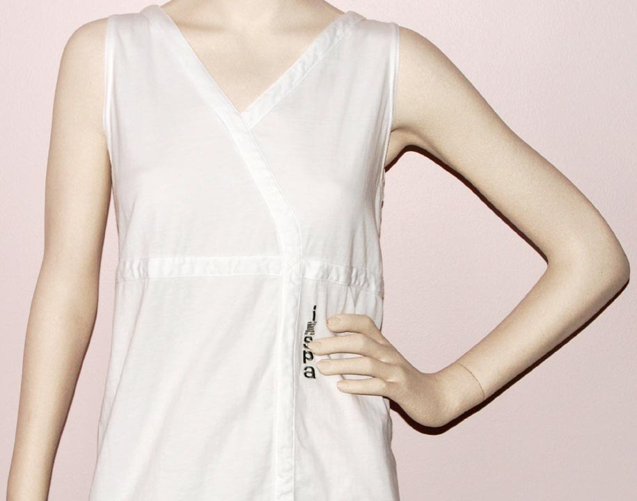 Ixspa Sleeveless V-NECK