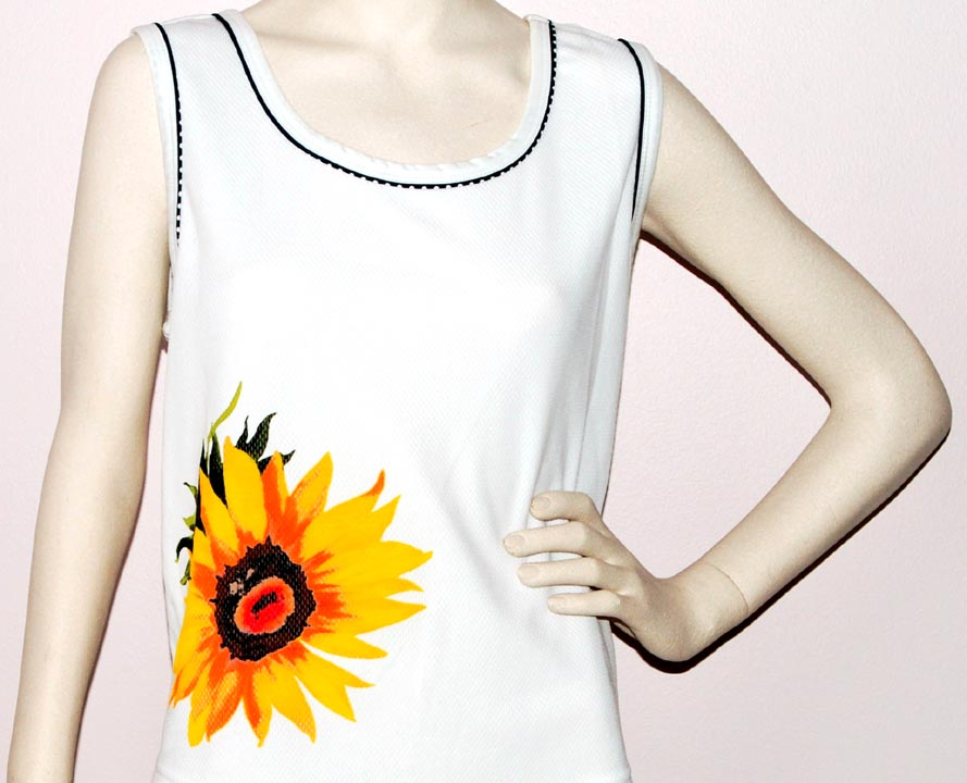 Natty Sleeveless Scoop Neck