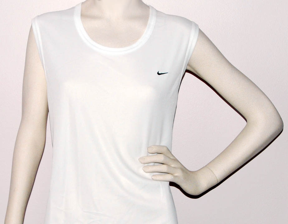 NIKE SLEEVELESS KNIT TEE